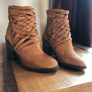 Gorgeous Free People Booties